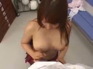 Gカップ巨乳J○が体育倉庫室でパイズリ挟射!!